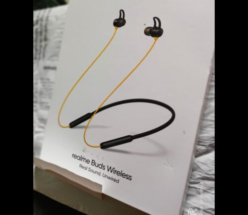 Realme Buds Wireless in-Ear Bluetooth with mic (Yellow) photo review