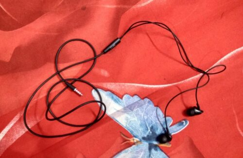 boAt Bassheads100 in Ear Wired Earphones with Mic(Black) photo review